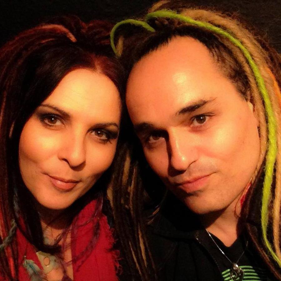 Die beiden Künstler des Duos Elea
